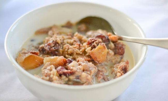 2013-10-01-r-slow-cooker-apple-cinnamon-steel-cut-oatmeal.jpg